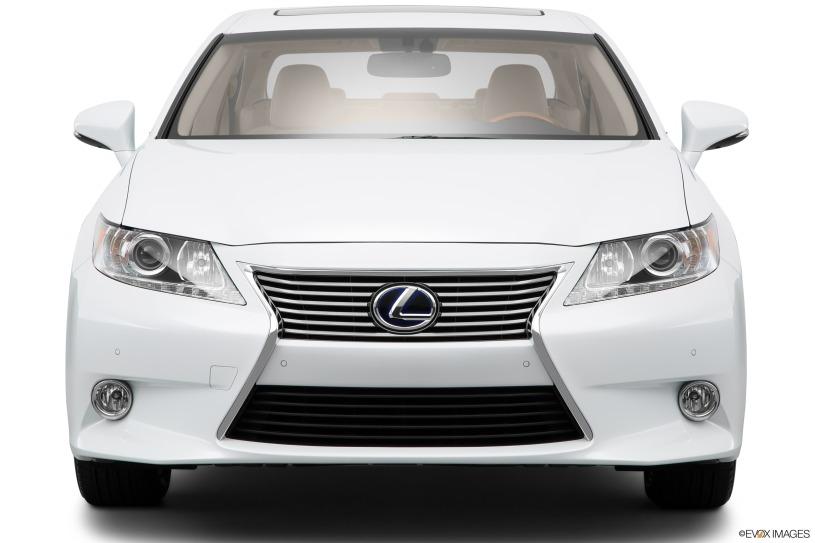 phần đầu xe Lexus ES300h 2015