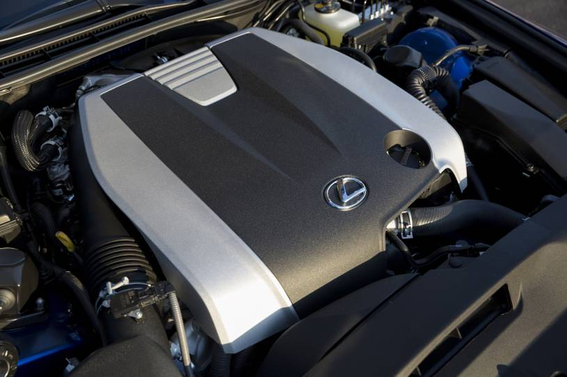 Đánh giá chi tiết xe Lexus IS350 kiểu dáng mạnh mẽ, cảm giác lái thể thao