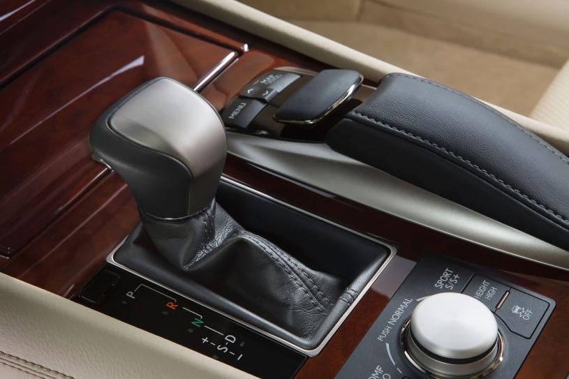 trang bị Lexus LS460
