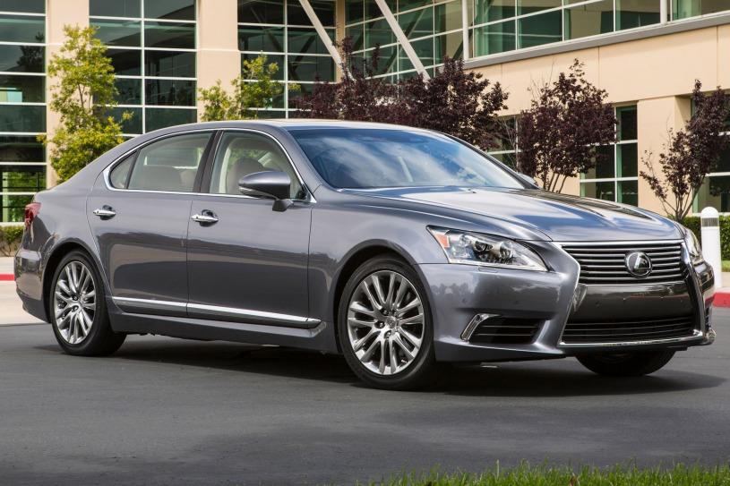Có nên mua xe Lexus LS460 cũ hay không? Lý do nên chọn xế sang bậc nhất của Lexus