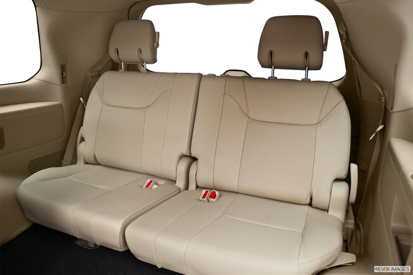 hàng ghế thứ 3 lexus LX570 đời 2011
