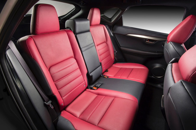 hàng ghế sau Lexus NX200t 2017