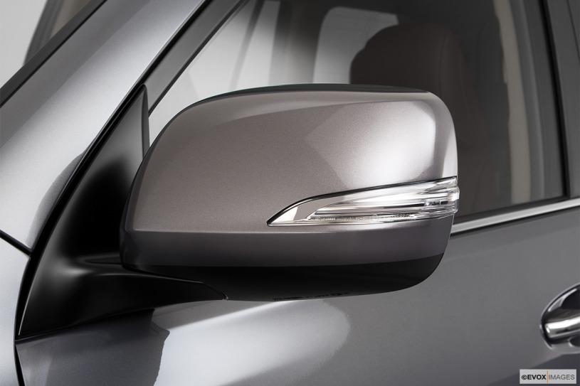 Lexus GX460 đời 2011 đánh giá mẫu xe giá bán cũ 2,3 tỷ đồng