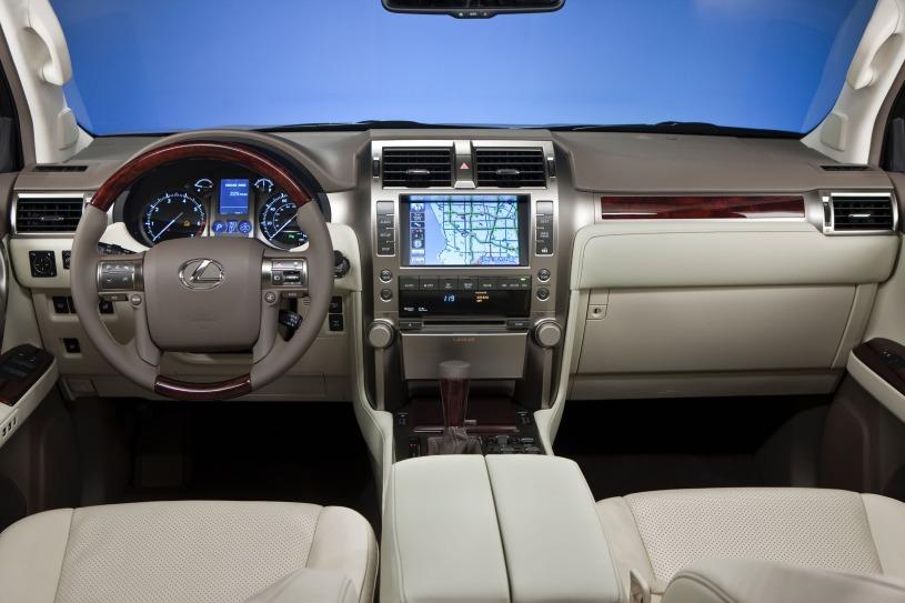 nội thất khoang cabin lái GX460 2009