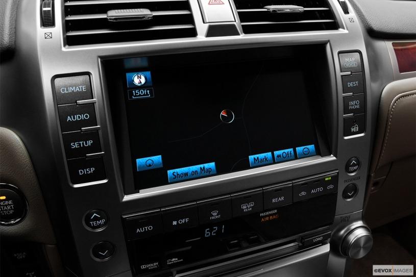 hệ thống giải trí Lexus GX460 2011