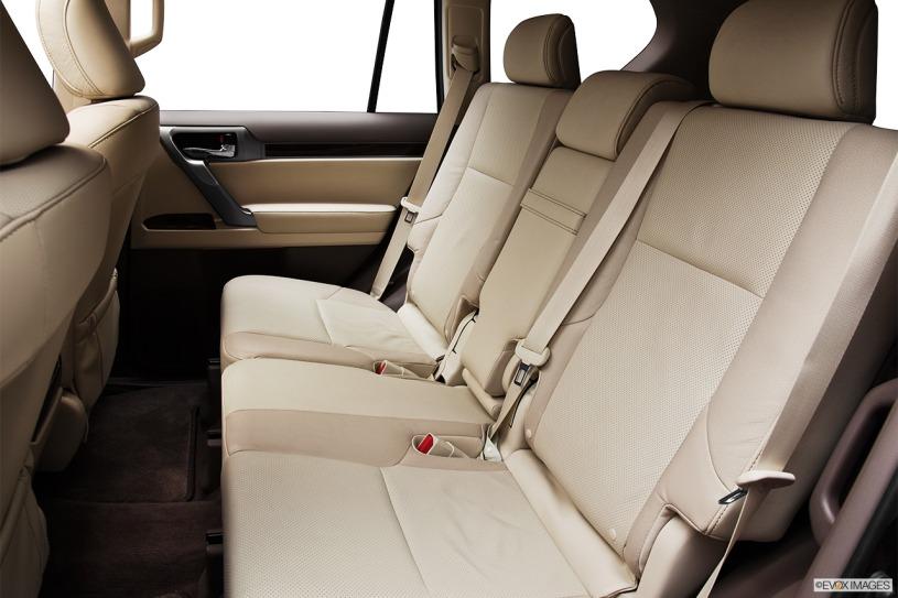 Lexus GX460 đời 2012 có giá bán cũ từ 2,8 tỷ đến 3,1 tỷ đồng
