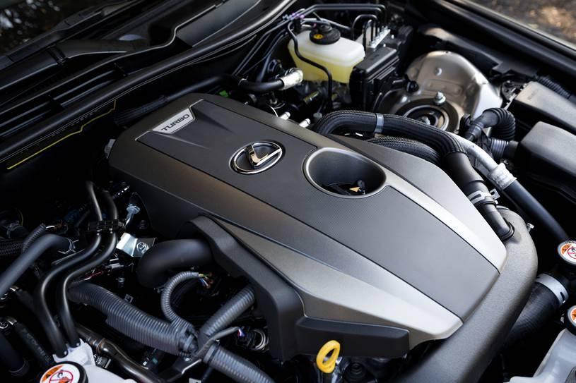 động cơ trên Lexus IS300 2019
