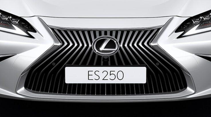 đầu xe Lexus ES250 2018