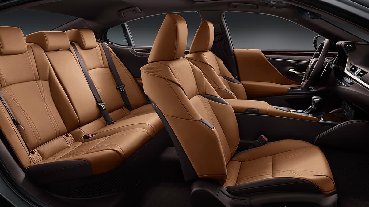 tổng quan nội thất Lexus ES250 2019
