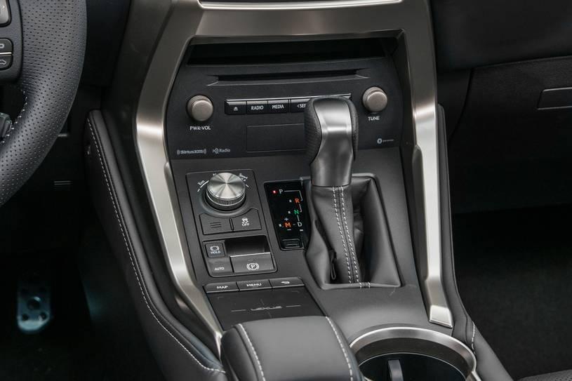 Đánh giá Lexus NX300 2019: thông số, nội ngoại thất, giá bán