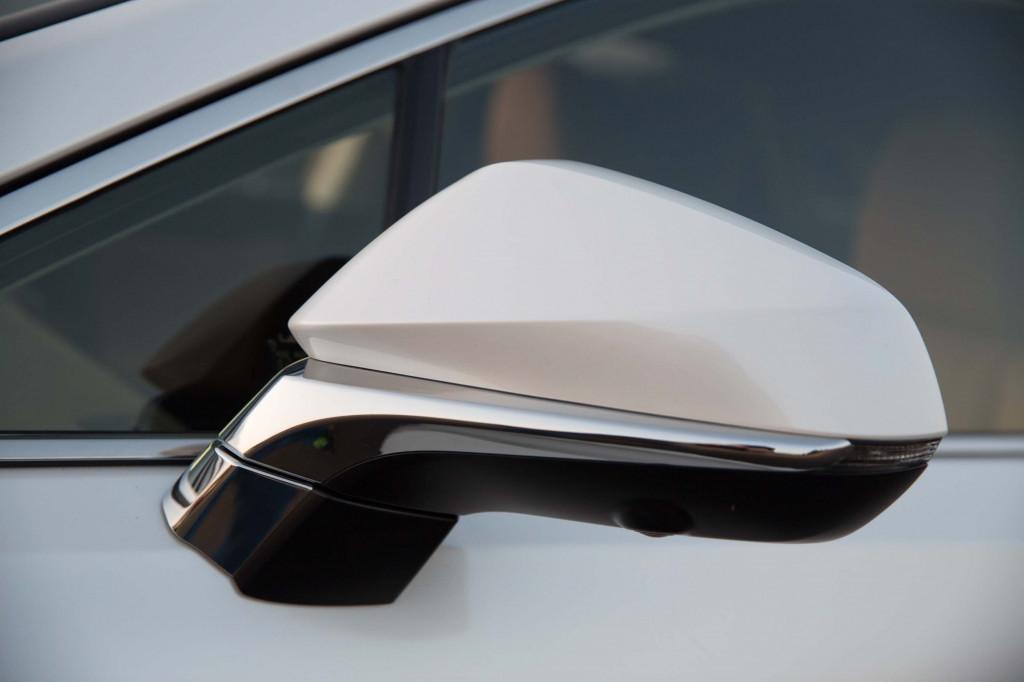 Chi tiết thông số kỹ thuật Lexus RX450h 2020