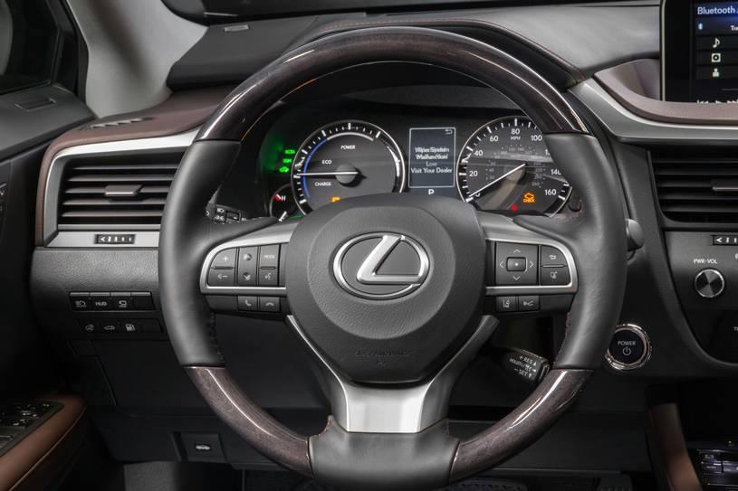 Nội thất xe Lexus RX450h sang trọng rộng rãi hiện đại bậc nhất