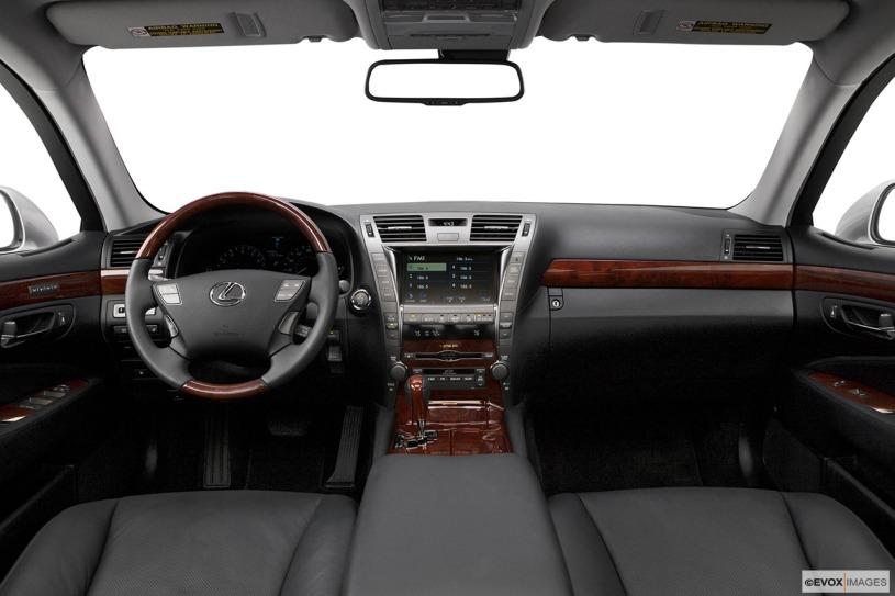 nội thất cabin lái LS460L 2008