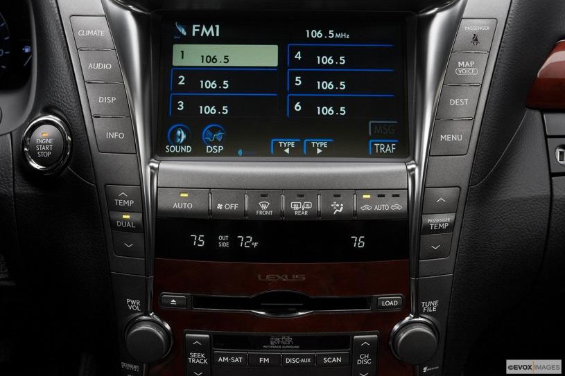 Giá xe Lexus LS460L đời 2008 sau 11 năm giữ giá đến 1, 28 tỷ