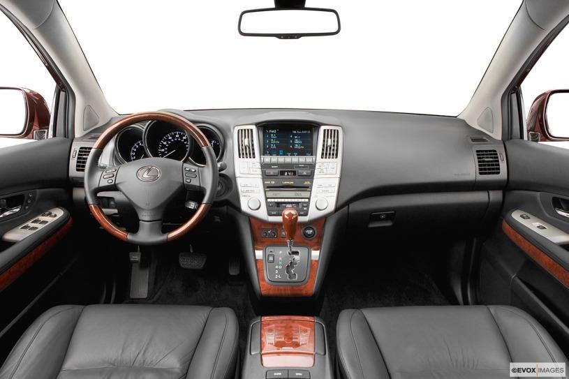khoang nột thất ca bin lái mẫu xe Lexus RX350 2008