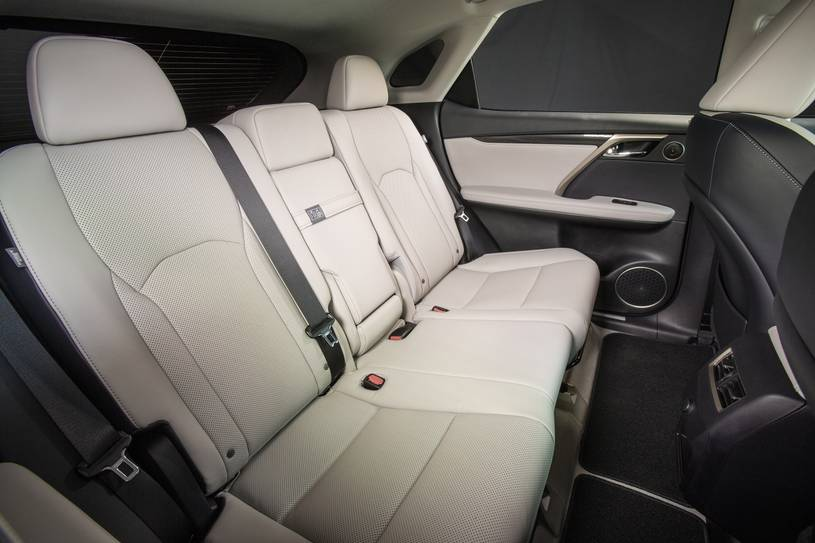 hàng ghế sau Lexus RX350 2017