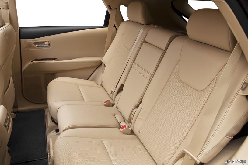 hàng ghế thứ 2 Lexus RX450h 2013