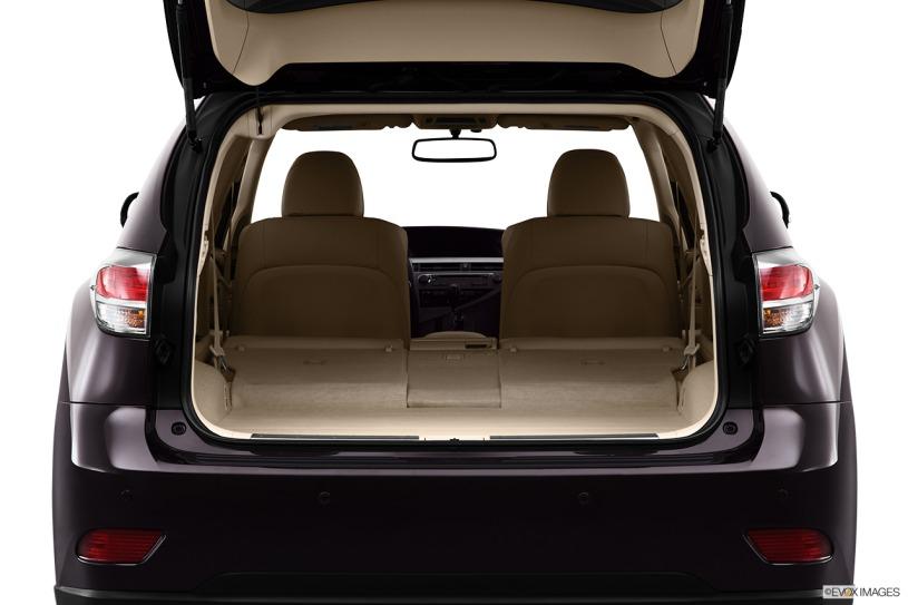 Giá xe Lexus RX450h 2013 cũ chỉ từ 2,5 tỷ đến 3,3 tỷ đồng tùy tình trạng xe