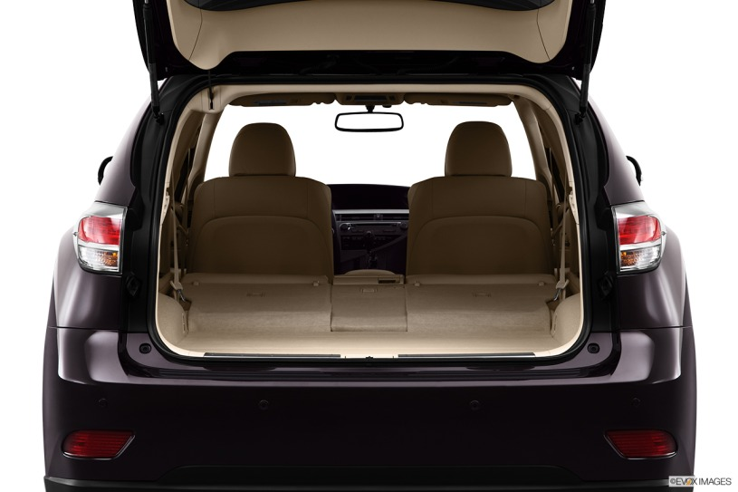 khoang chứa đồ Lexus RX450h 2013