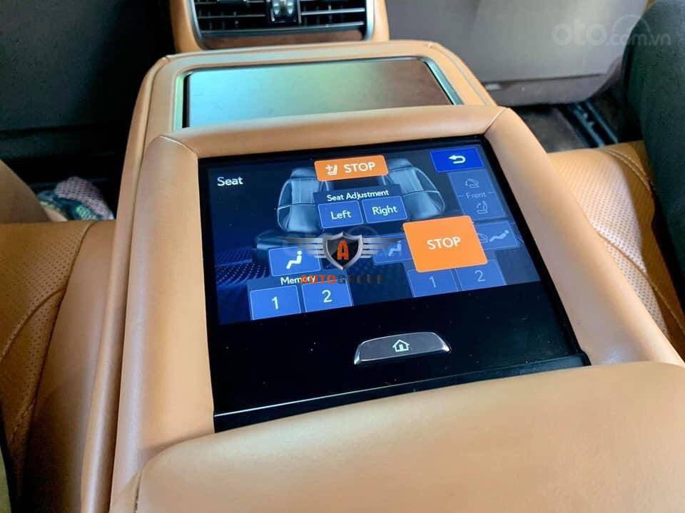 Lexus LS500h model 2017 xanh Canvansite