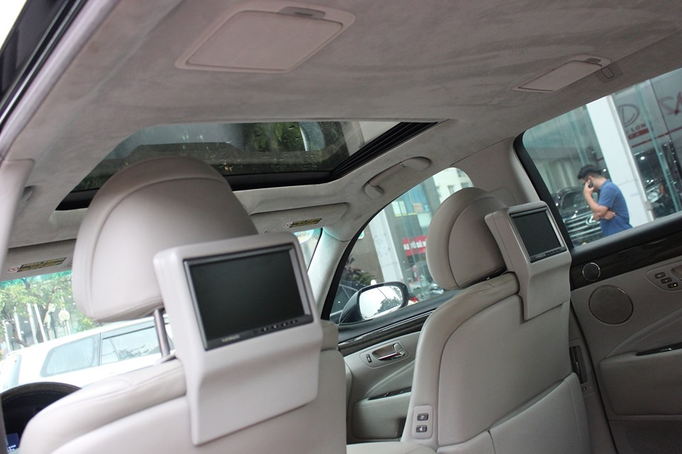 Lexus LS460L 2006 màu đen