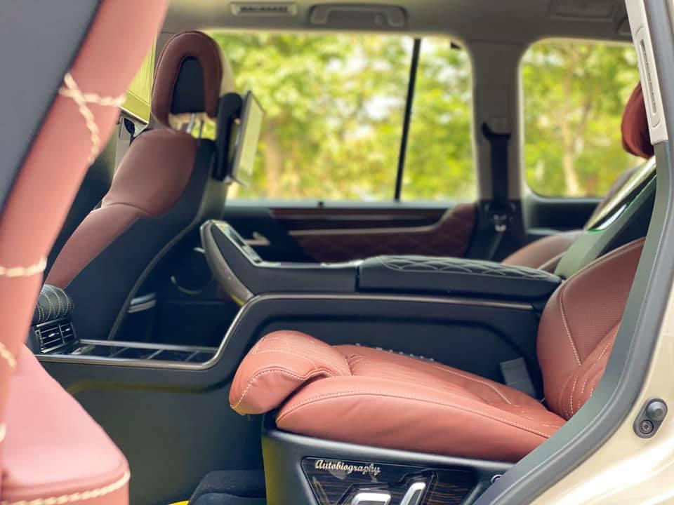 Lexus LX570 Super Sport MBS 2020 bản 4 chỗ