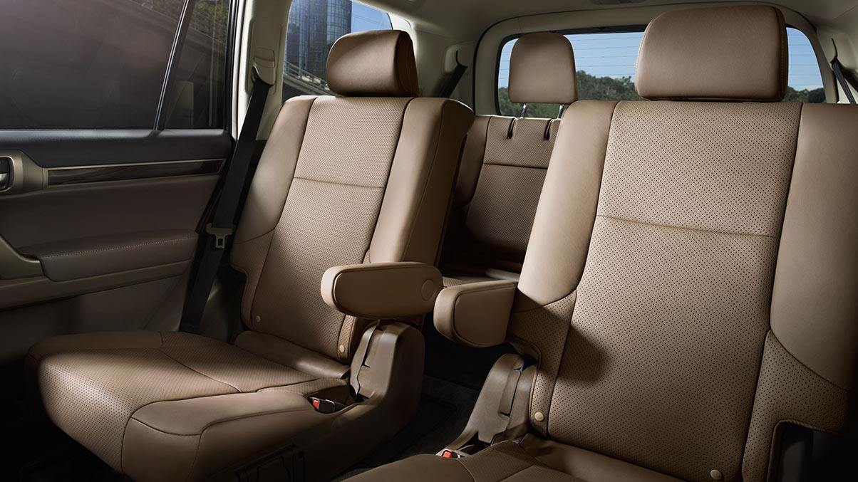 hàng ghế sau Lexus GX460 phiên bản 2019