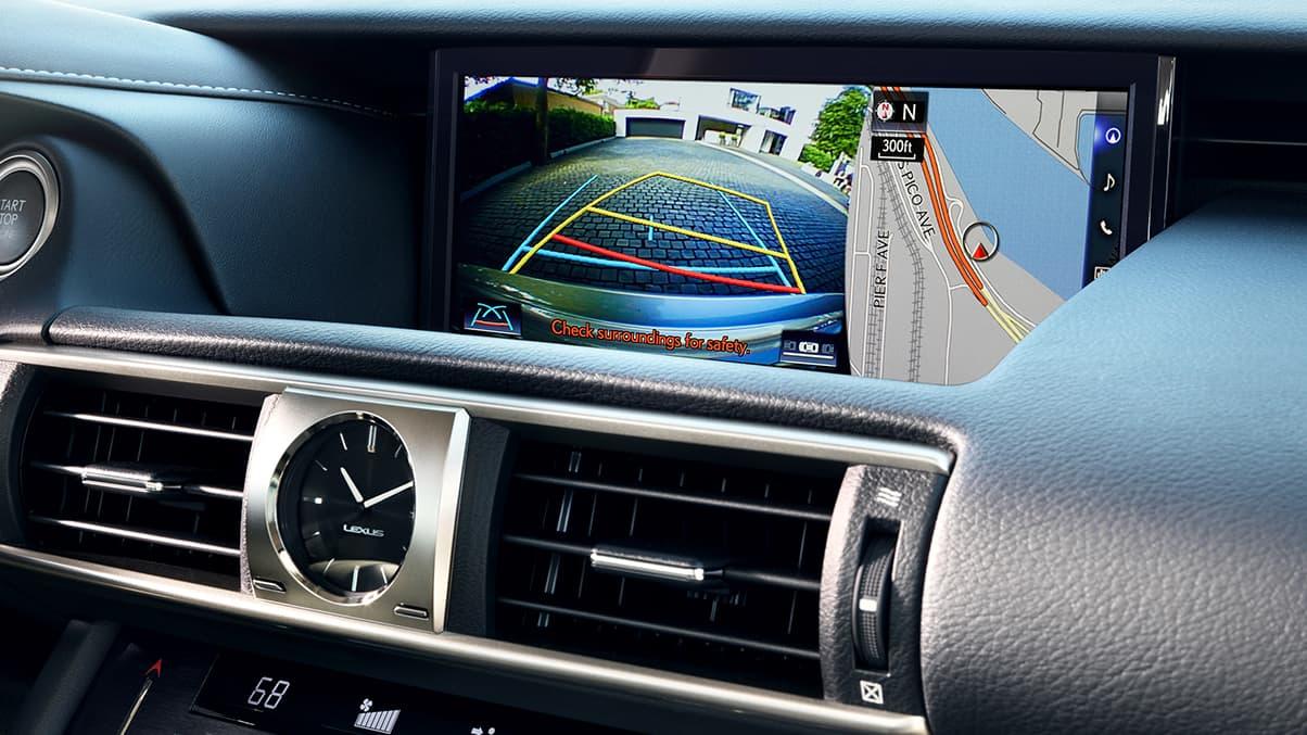 hệ thống camera 360 với camera lùi hỗ trợ đỗ xe