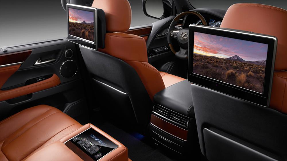 khoang nội thất của Lexus LX570 Super Sport 2019