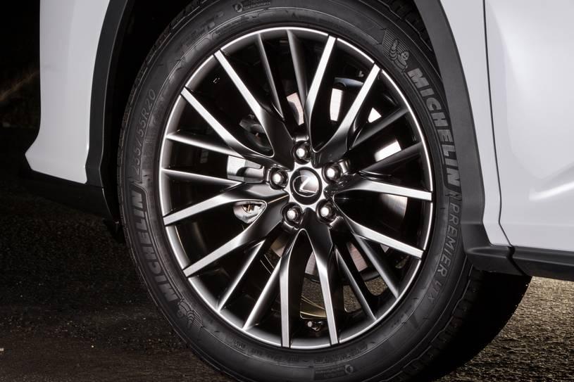 bánh lazzang của Lexus RX350