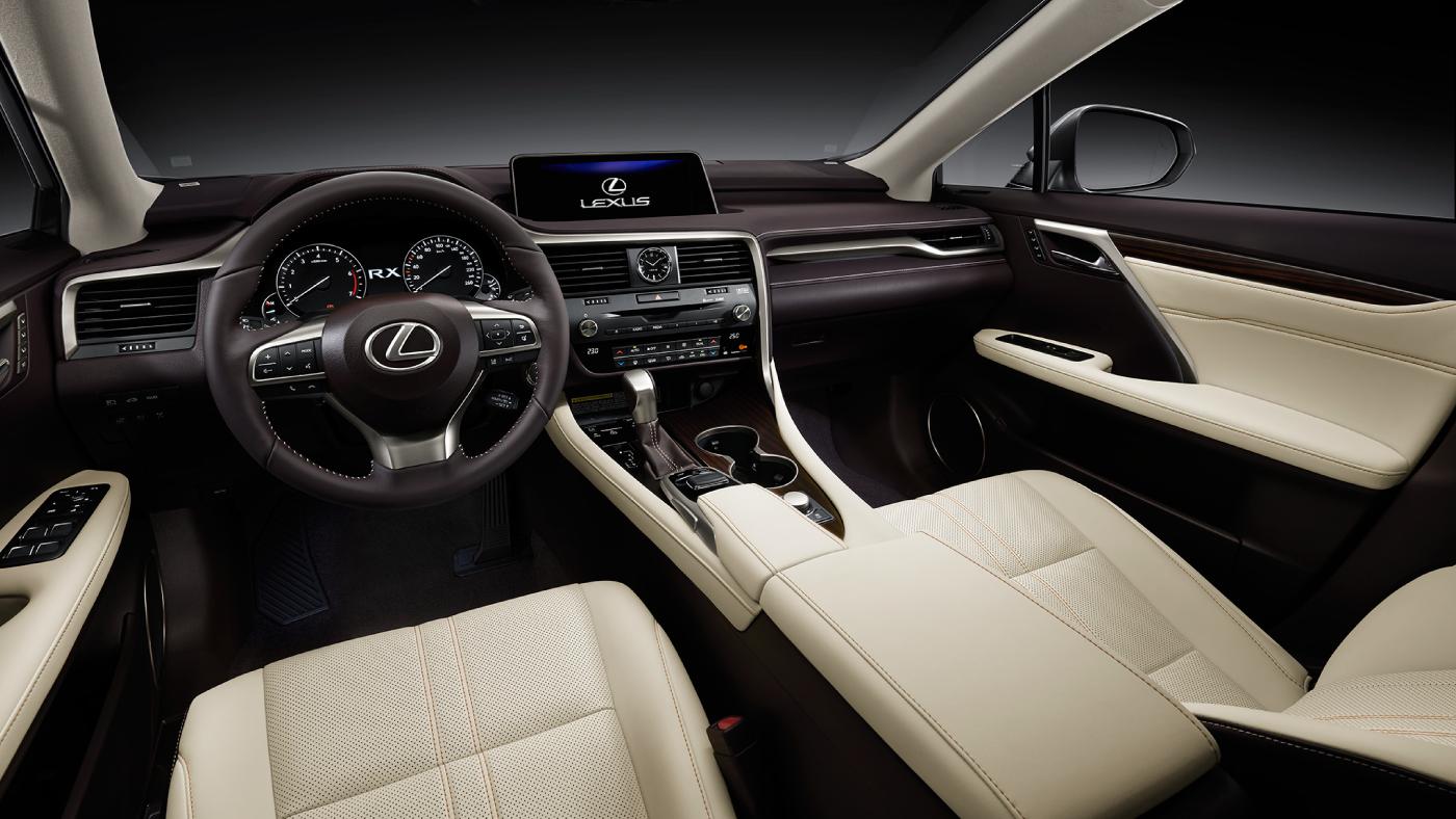 nội thất cabin lái RX450h 2019