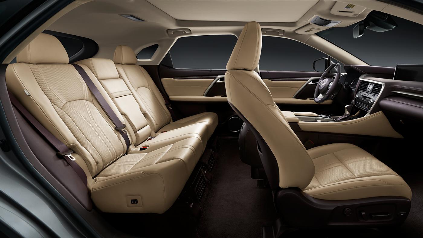 Đánh giá nội thất xe Lexus RX450h