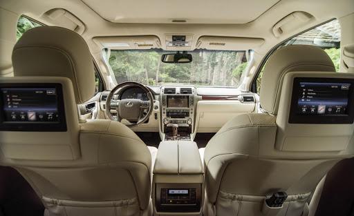 Nội thất Lexus GX460 không được trang hoàng