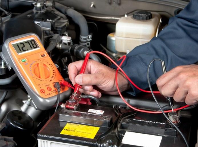 Theo dõi mức điện áp ắc quy ô tô là cách bảo dưỡng ắc quy ô tô hiệu quả