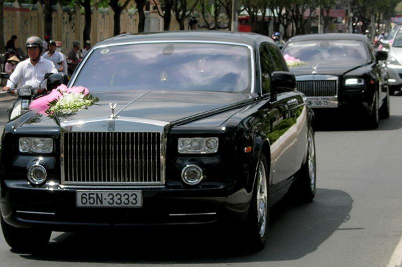 Biển số xe đắt nhất Việt Nam: 3333