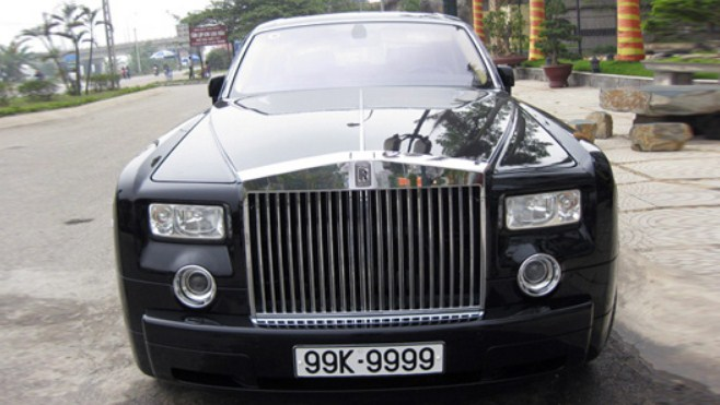 Biển số xe đắt nhất Việt Nam: 9999