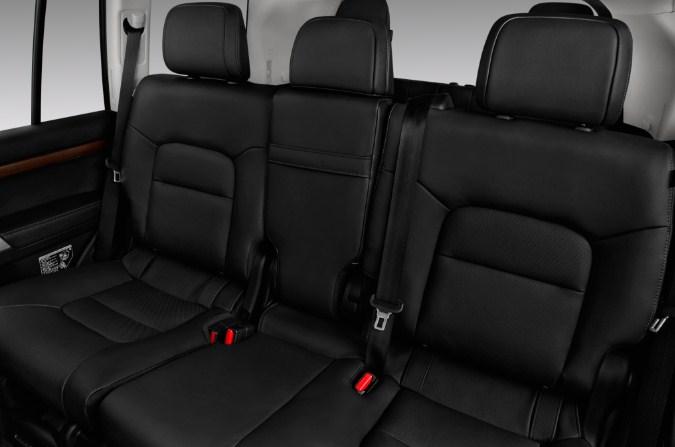 trang bị nội thất của Toyota Land Cruiser