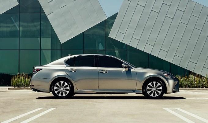 Lexus GS350 chiếc sedan sang trọng cho các doanh nhân thành đạt
