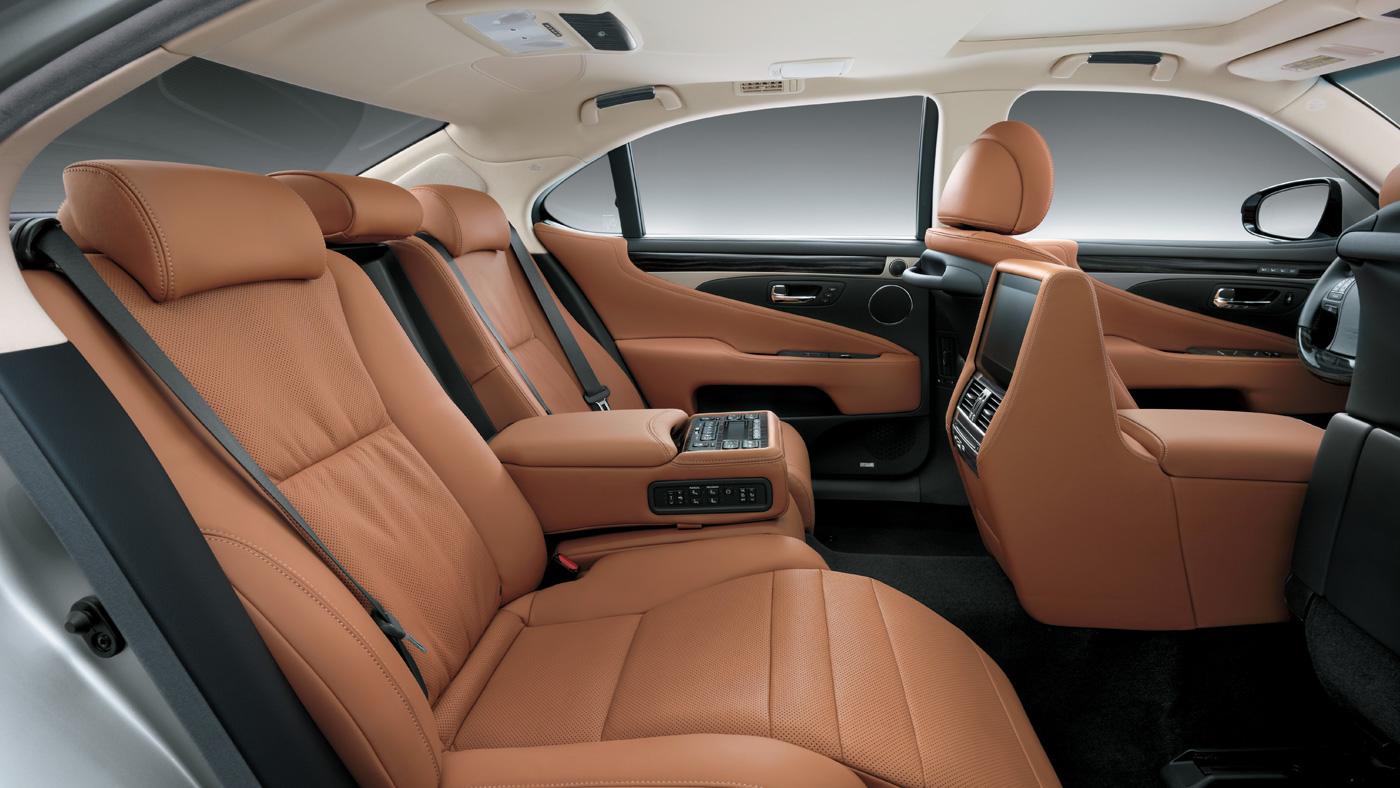 Lexus LS 460L 2019