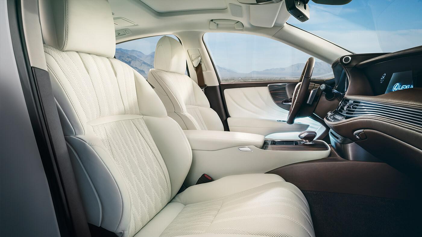 Đánh giá Lexus LS500 2019 nội ngoại thất thông số kèm giá bán