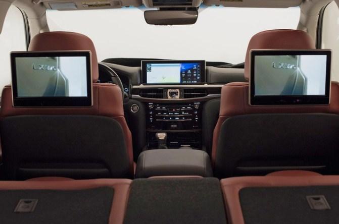 Nội thất Lexus Lx 570 trang bị nhiều màn hình giải trí
