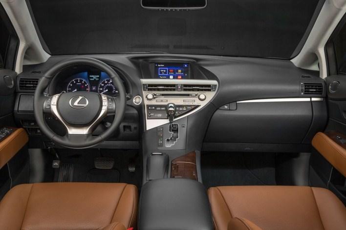 Trang bị khoang lái hiện đại tiện nghi của Lexus RX350 2015