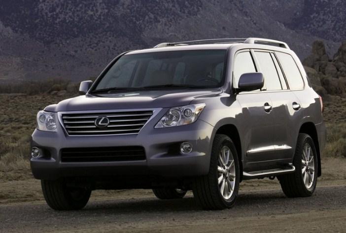 Lexus LX570 2008 là mẫu xe lexus cũ giá rẻ thuộc phân khúc SUV sang trọng