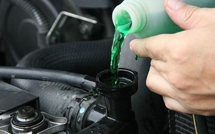 Khái niệm nước làm mát ô tô là gì?