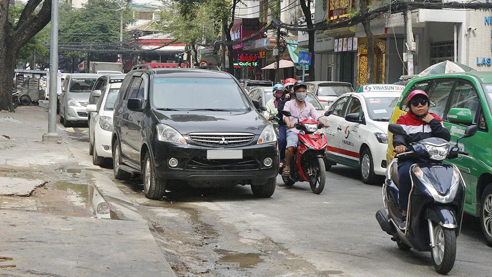 Lỗi xe ô tô dừng đỗ xe sai quy định