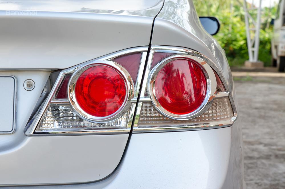 Đèn hậu ô tô