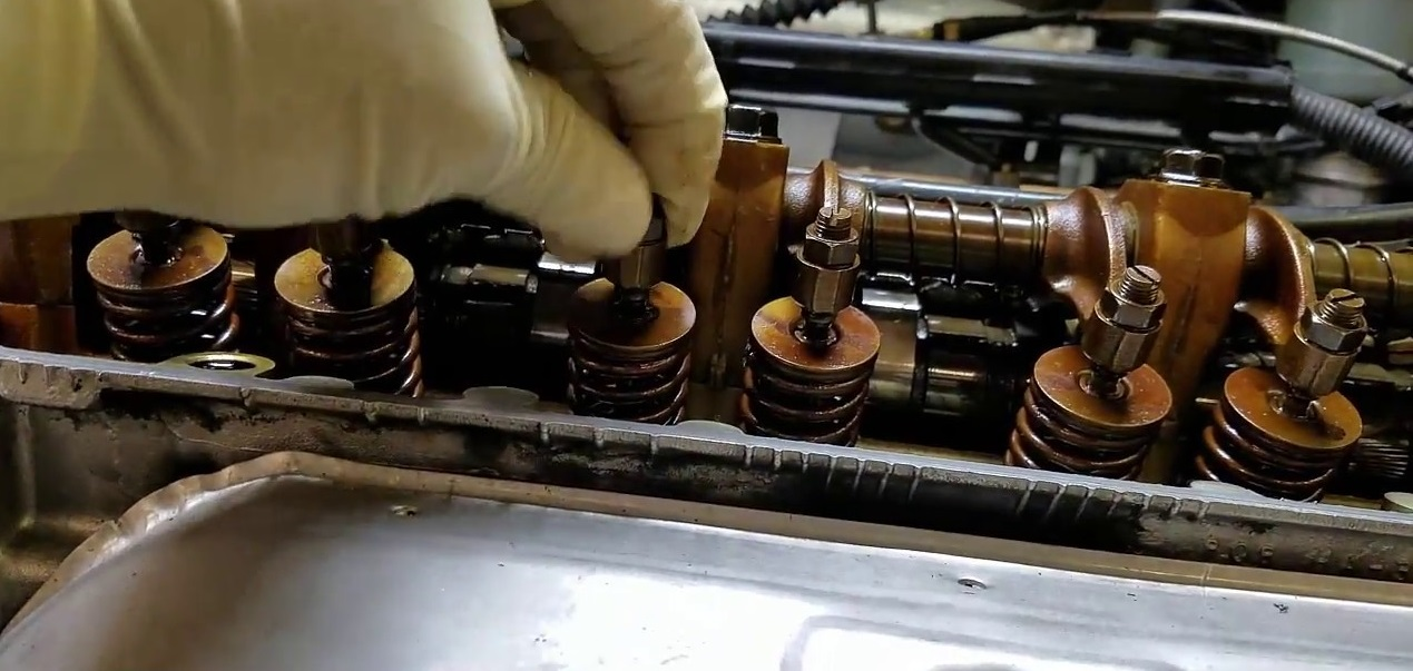 Hướng dẫn cách chỉnh xupap ô tô nhanh và đúng kỹ thuật
