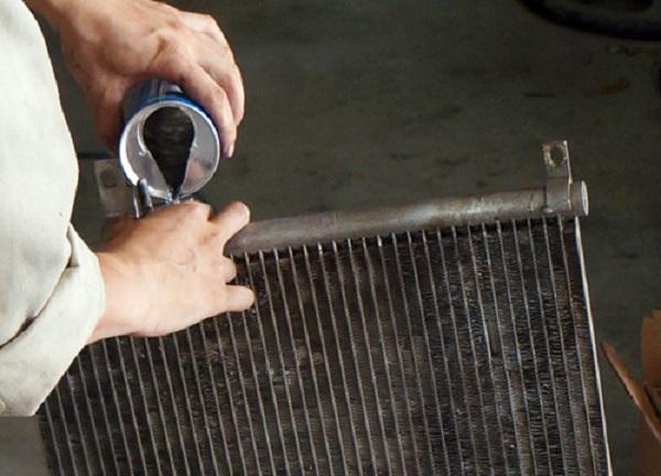 Sử dụng dung dịch xúc rửa xe ô tô chuẩn