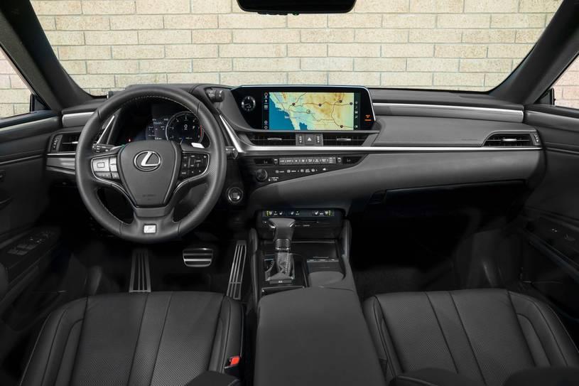 không gian cabin Lexus ES 350 2019 rộng rãi