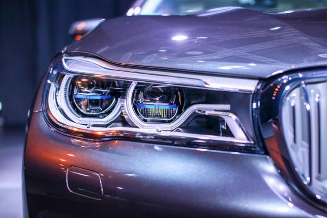 đèn pha ô tô là gì? Cách chỉnh đèn pha ô tô đúng